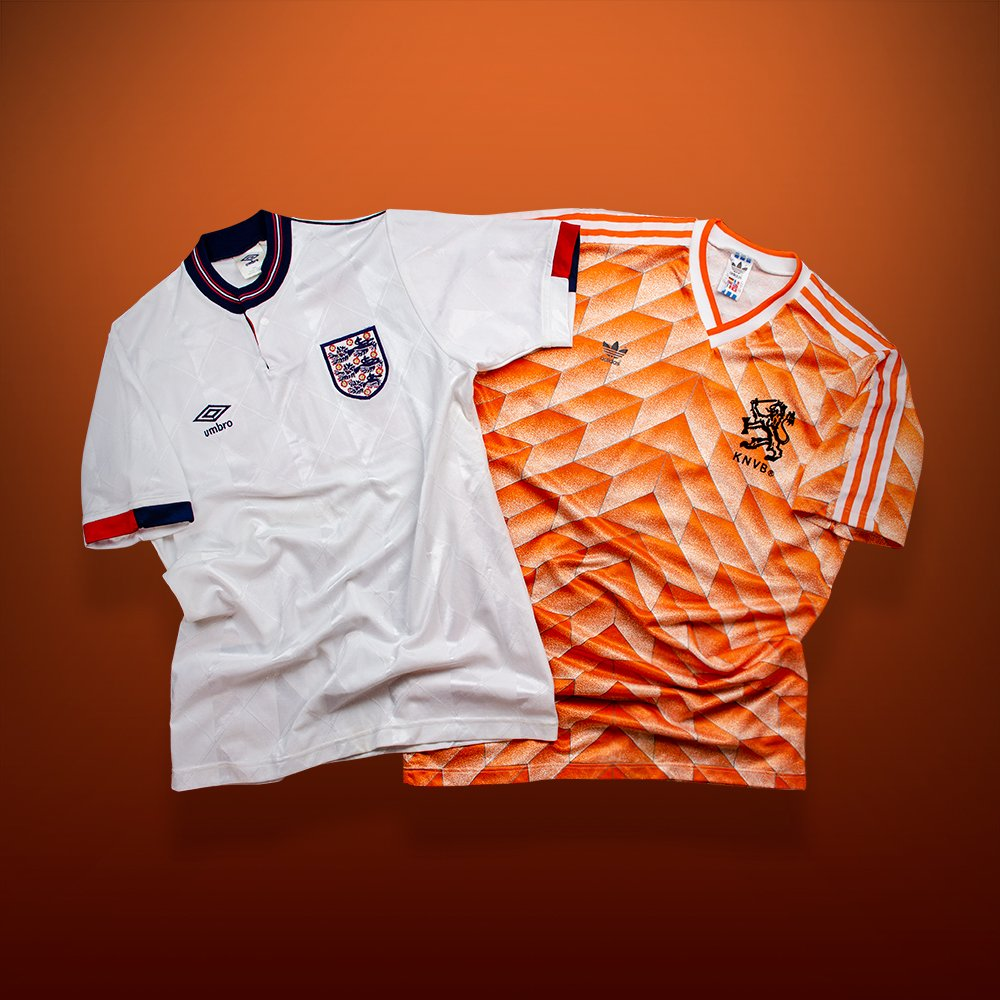 450541c67be Marco van Basten was on top form and fired in a hat-trick as England  slumped to a 3-1 loss. #ENGNEDpic.twitter.com/43QMCjiG3R