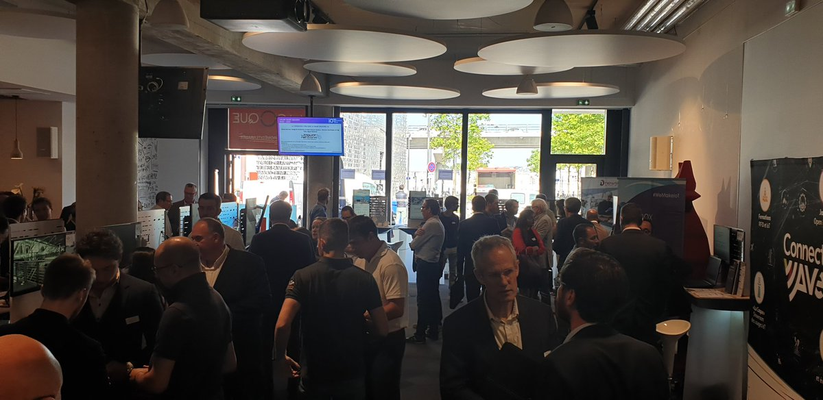Image for the Tweet beginning: Très Belle affluence à l'#IoTBusinessDay