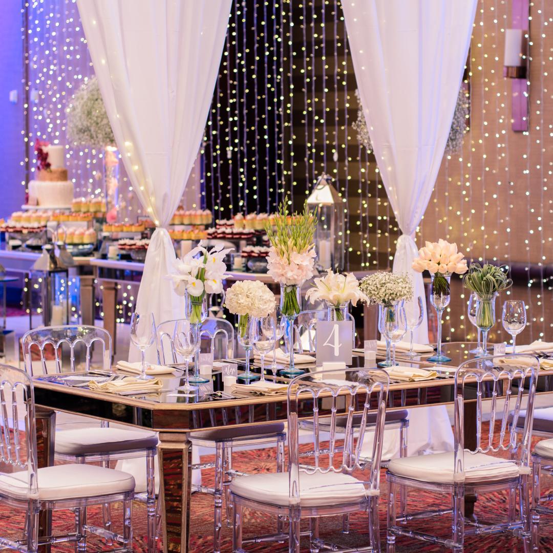 Permite que nuestros coordinadores y Wedding Planner te ayuden a diseñar una boda única.   Nos ocupamos de cada detalle. Ese día #ImagínaloInolvidable https://t.co/gTFS9AOhKu