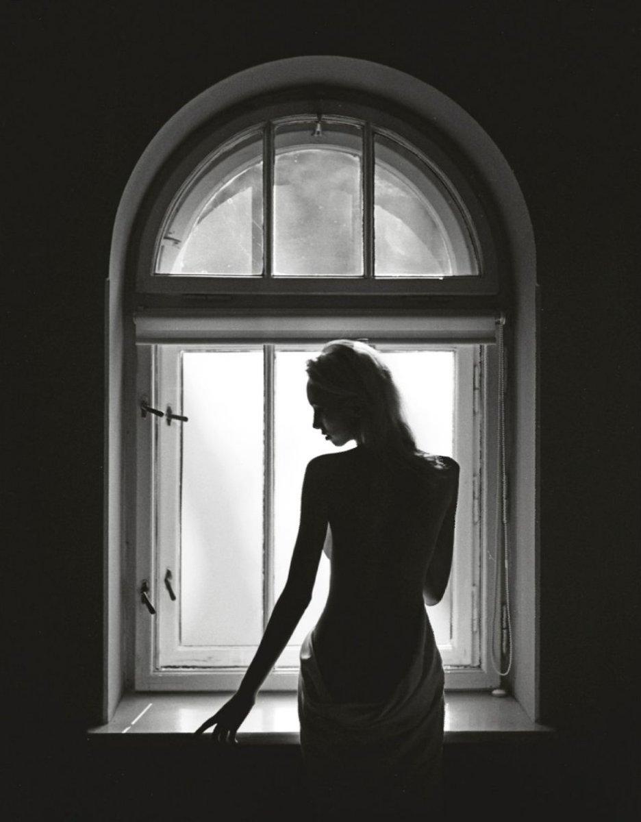 предложили как сфотографировать силуэт напротив окна употреблять меньше кофеина
