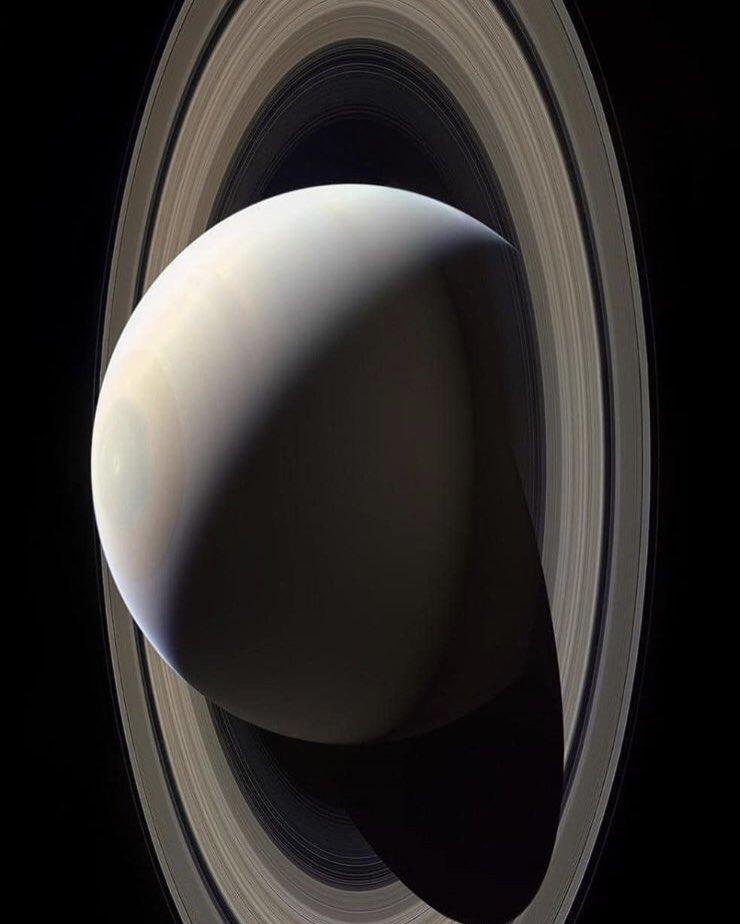 jovian nasas cassini spacecraft - 740×924