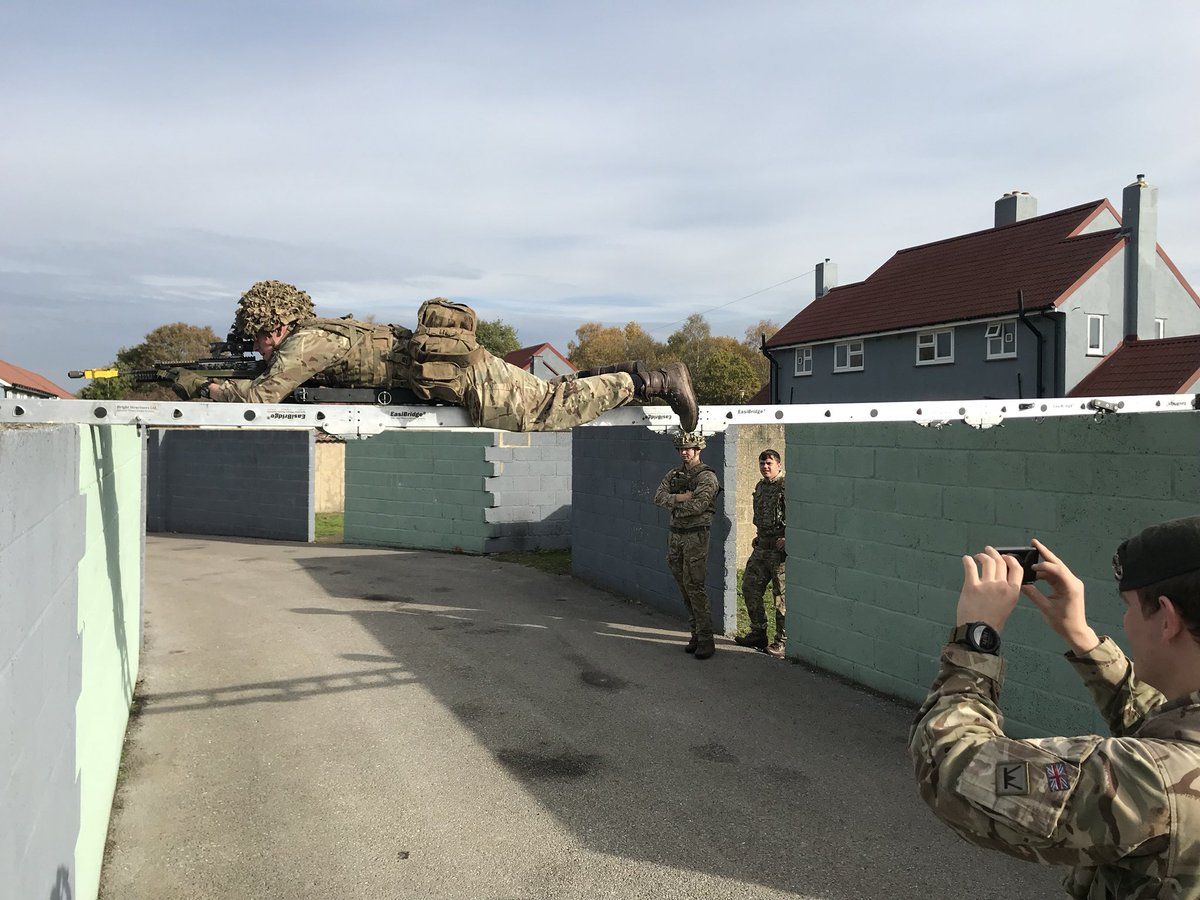 British Army Infantry Trials -EasiBridge Urban Access Systems Nov'18EasiBridge. Get Over It #proud_sappers #commando #sappers #specialforces #specialoperations #specialops #specialoperationsforces #specialoperationsequipment #swat #counterterrorism #tactical #military #maritime