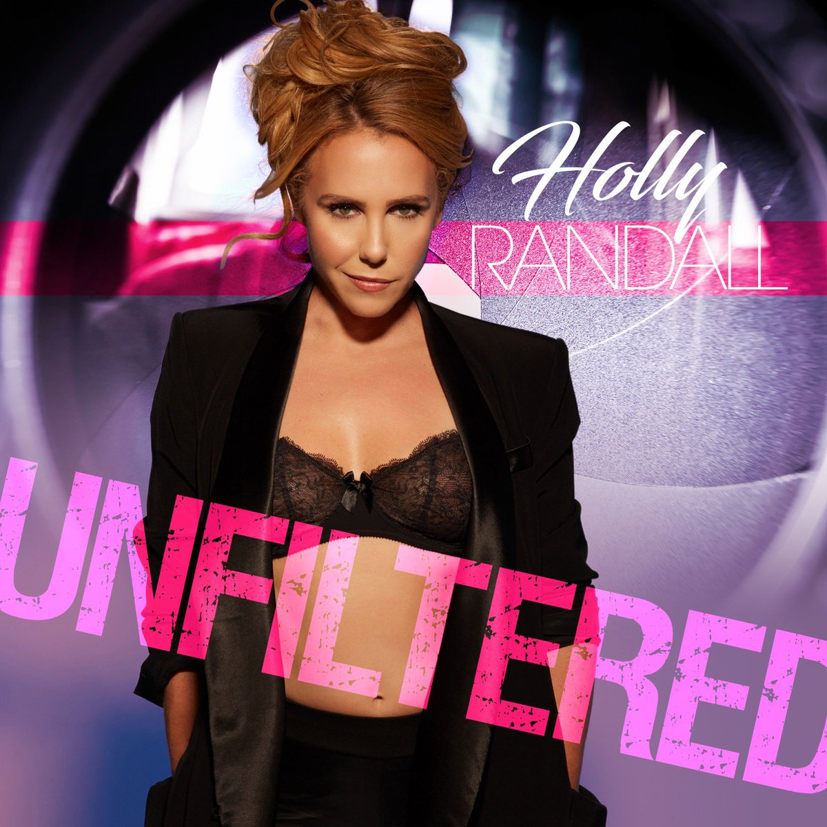 test Twitter Media - Have you checked out my latest interview for @hollyrandall's podcast yet? Listen now to hear what Holly and I got up to! Link🔗➡️https://t.co/17dqH06wfO #hollyrandallunfiltered https://t.co/YKtRoXhvuR