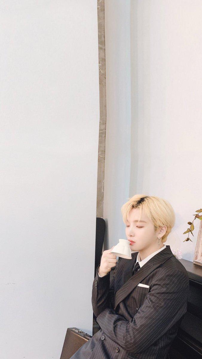 Kpop Wallpaper On Twitter Wallpaper Oneus Seoho