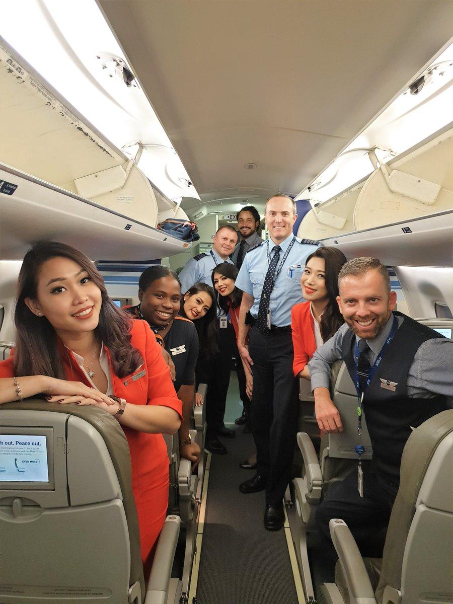 Air Asia X ! D7 ! XAX - Page 4 D8beQs1VsAUP1w0