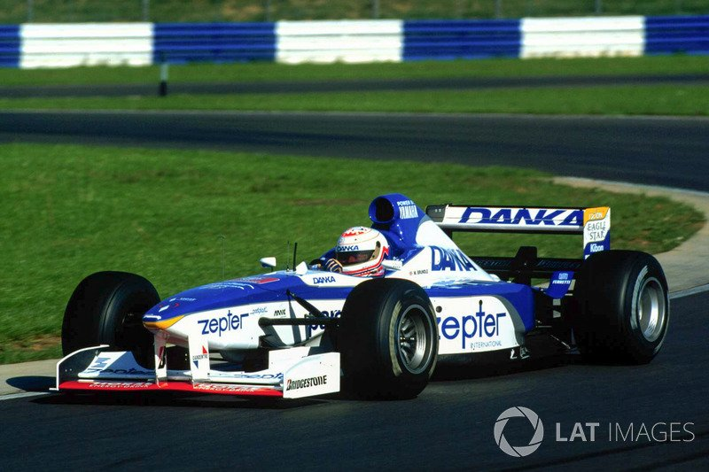 @MBrundleF1 Testing for the Arrows F1 Team at Silverstone, October 31st 1997. @UnusualF1 @UnracedF1