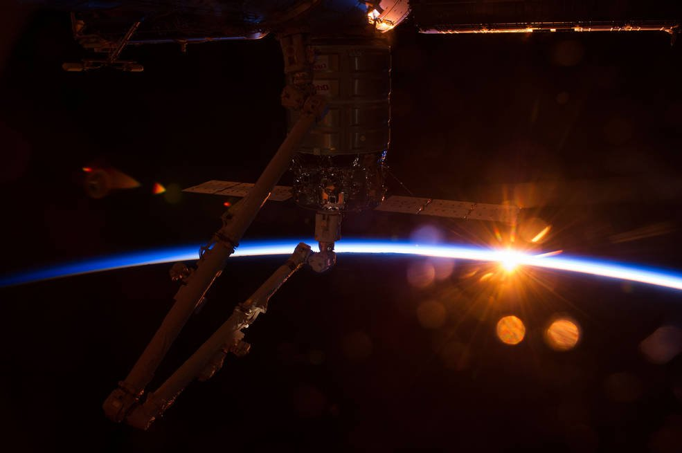 Today starts a new day in low-Earth orbit as we unlock the @Space_Station's potential as a platform for companies to engage in commercial profit-making activities and we welcome private astronauts to visit on U.S. vehicles. Get more details: go.nasa.gov/2WjAKGg