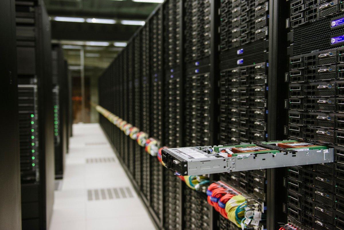 Barcelona acollirà un dels  supercomputadors  més  potents de l'@EuroHpc. La UE invertirà prop de 100 milions d'euros en el Mare Nostrum 5 del @BSC_CNS. Aquesta serà la major inversió en infraestructura de recerca que la UE ha fet mai a Espanya. http://europa.eu/rapid/press-release_IP-19-2868_en.htm…