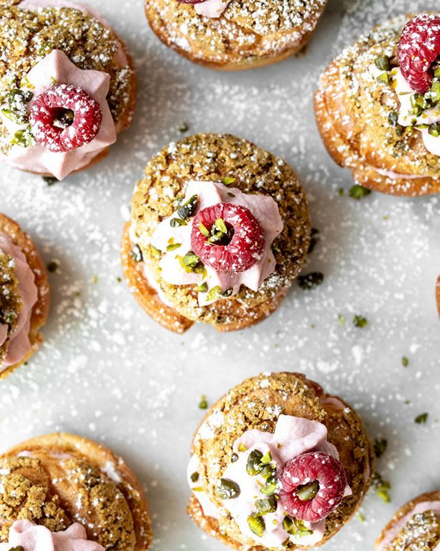 Sweet news for people who like weekends: It's Friday!💕 Celebrate by baking these raspberry and pistachio cream puffs for brunch tomorrow, your future self will be eternally grateful! Recipe link in bio! . . . #KSgram #inseason #seasonal #raspberry #a… https://t.co/hCMRXBFpmH https://t.co/3gZiqLEXDi