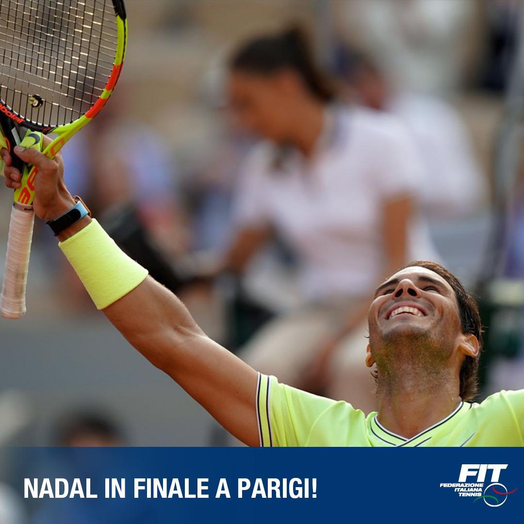 Il campione di Roma arriva in finale anche a Parigi!  @RafaelNadal sconfigge per la 24^ volta in carriera Federer!  #stayFIT #tennis #RG19 #ibi19