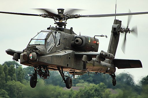 هولندا تقرر ايقاف تحليق اسطولها من مروحيات AH-64 Apache بعد اكتشاف خلل في مروحه الذيل  D8eMJl1VsAAA1J0