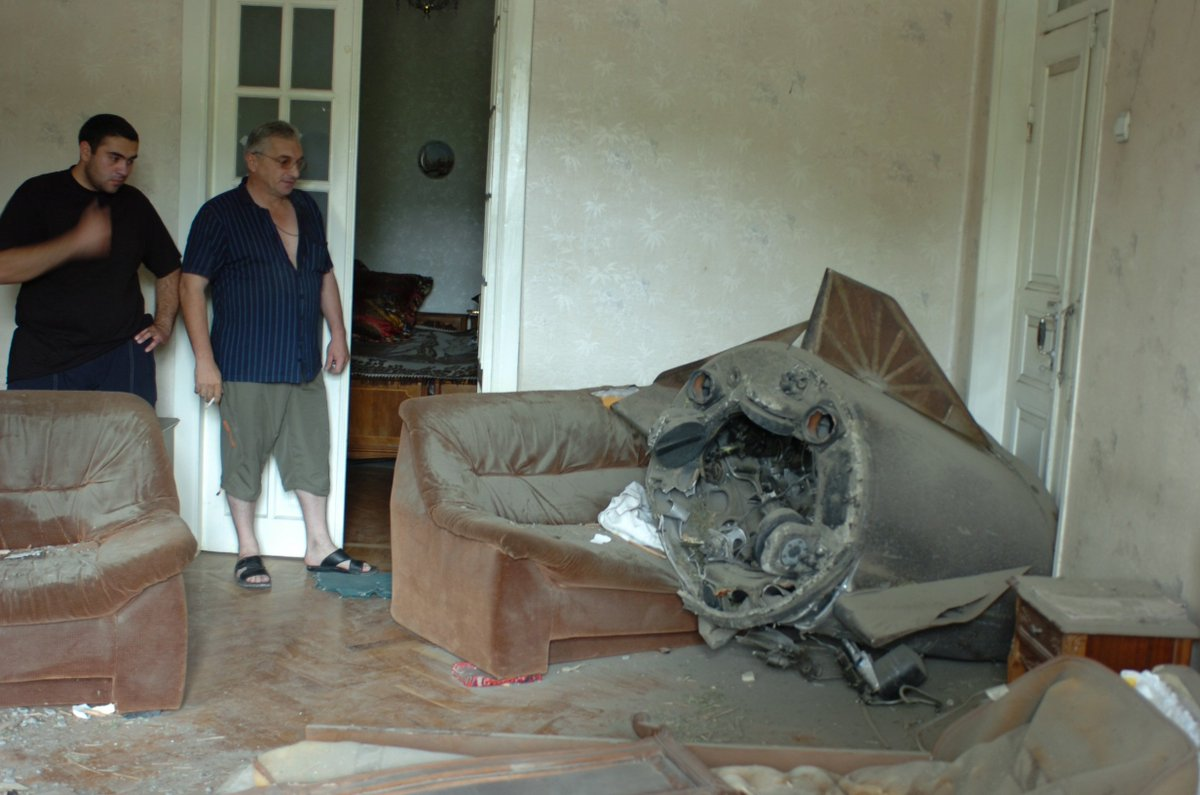 @RocketSchiller That was one of the concerns we had. Thankfully for us, the rear end of an Iskander crashed into someone's living room during the 2008 Russo-Georgian war. https://t.co/q8RfDaGX6n