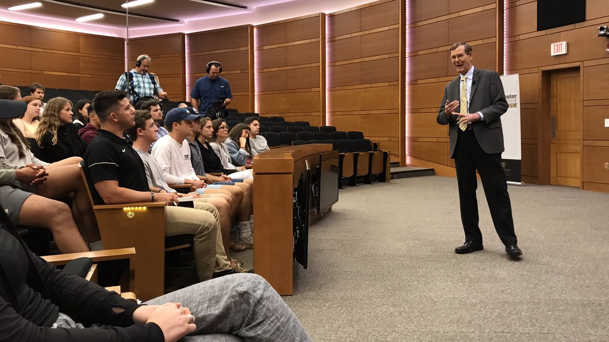 John Allison, @WakeForestBiz Exec-in-residence, talks to @SMPatWFU students about the financial crisis, business ethics, and the importance of liberal arts education.