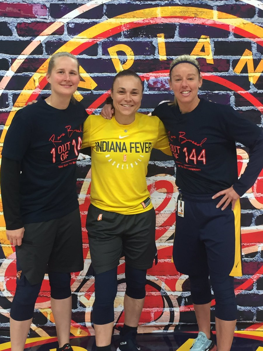 It's game dayyyyyy!! Such a privilege to work with these two and @pokeychatman 7pm Let's beat Dallas!! @IndianaFever 💪🏼💪🏼