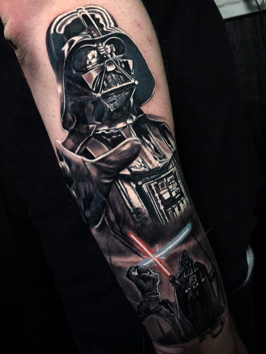 #Geek 🤓 Awesome of the Day: #StarWars #DarthVader Sleeve #Tattoo via @SQHostStoo #SamaTattoo #SamaGeek 🎮