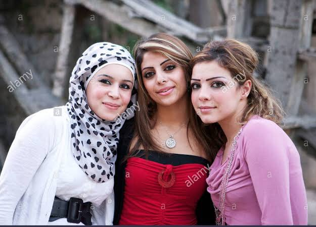 Nudesyrian girls — photo 6