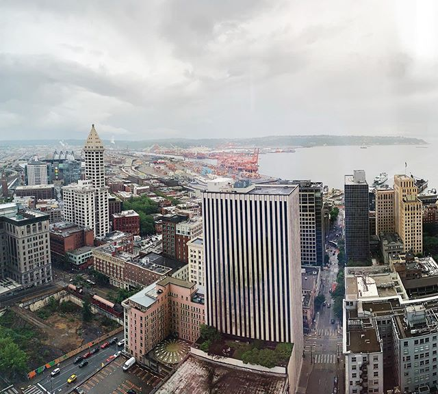 new office views #blessed #seattle #downtown #f5 #pano https://t.co/FLal4QRzEu https://t.co/HjBeiC6bEf