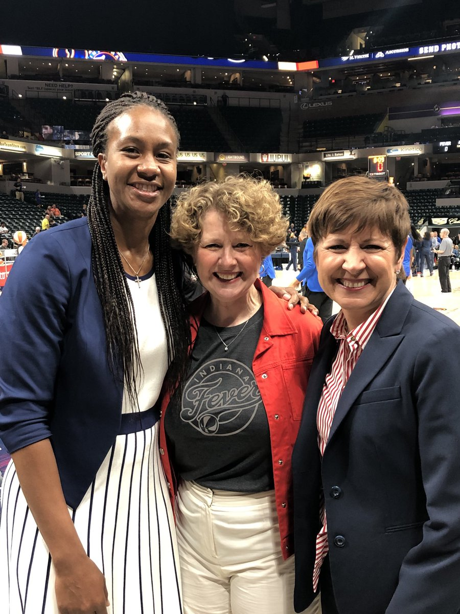 Thank you @SusanBrooksIN for presenting @Catchin24 and me with a copy of the congressional record you submitted for @IndianaFever   You brought us great energy tonight!! 3-1! #fever20