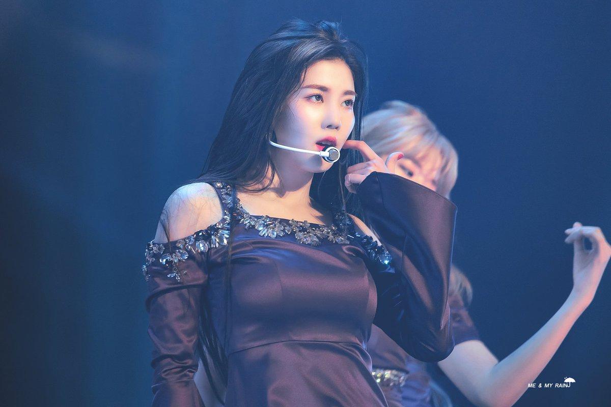 annyeongz stay winning👑 #izone #annyeongz #ahnyujin #jangwonyoung