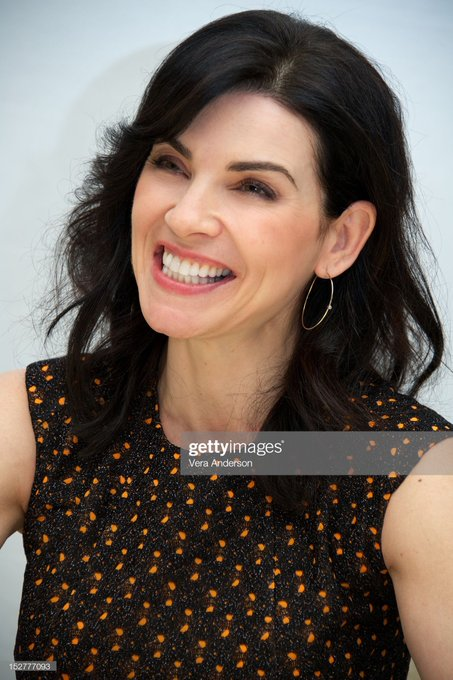 Happy Birthday to Julianna Margulies !  Love her so much