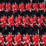 Image for the Tweet beginning: 💂🎺 Over 1,400 parading soldiers,
