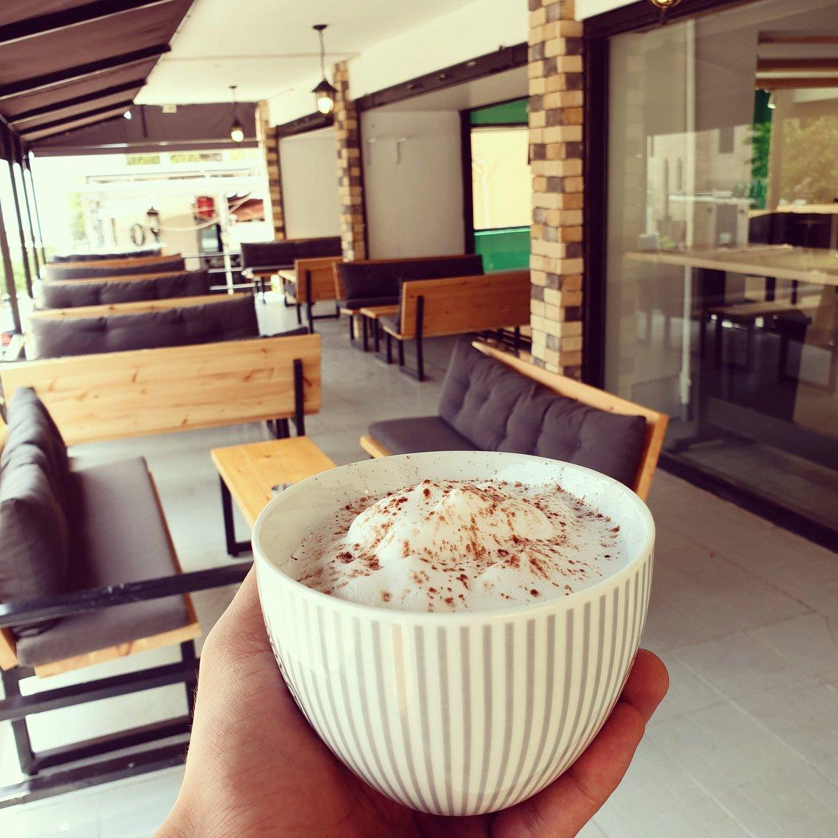 Vee American Coffee Shop On Twitter Now Open Ready To Serve You Ehden Al Moghtaribin Street Branch Modedevee Coffee