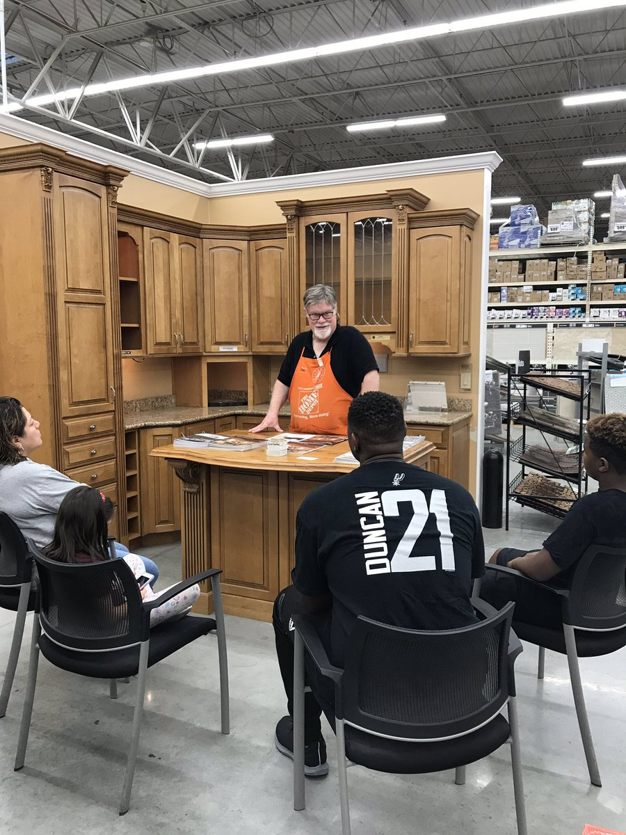 Jim Educating our customers on Countertops, kitchen remodeling options and the benefits of the the different types @14trask @HallJbhall48 @KMTovey #D1makingaDifference <br>http://pic.twitter.com/RkmonpxlAs