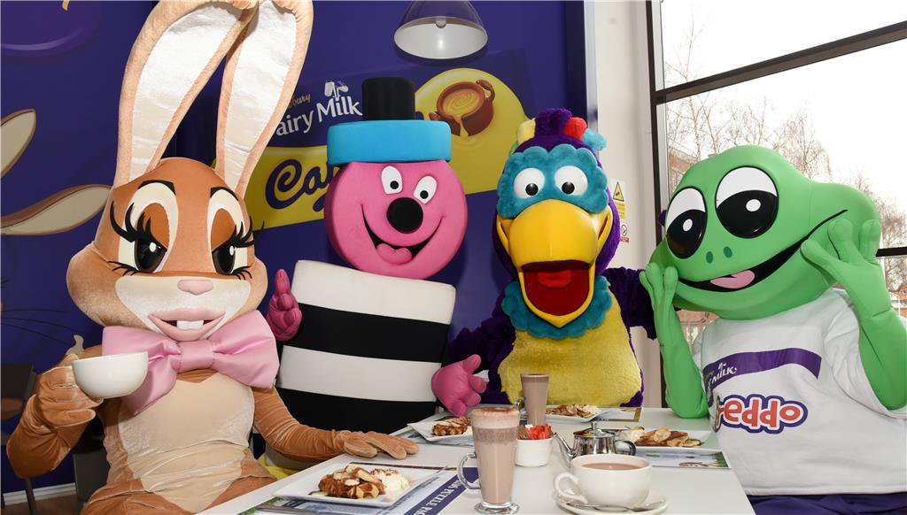 BREAKFAST WITH FREDDO & THE GANG! Treat your little one to a delicious breakfast with Freddo, Caramel Bunny and friends: http://bit.ly/characterbreakfast …. Be sure to bring your camera! 📷  #Birmingham #Dayout