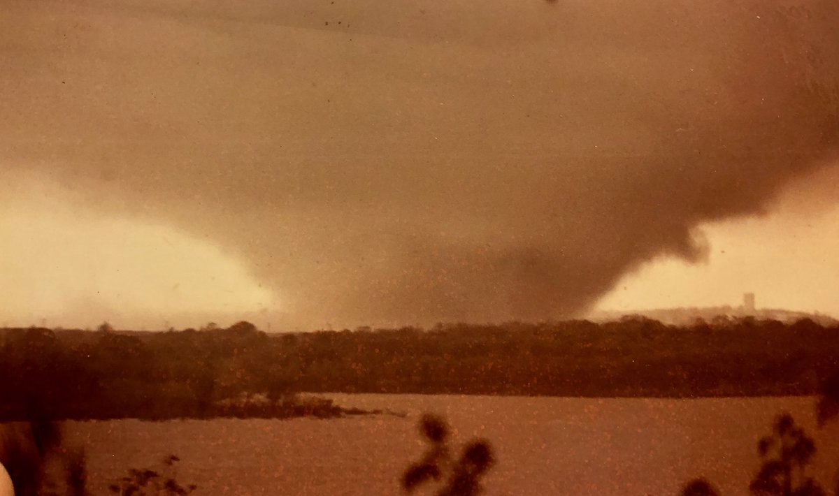 RARE and likely the best photo of the Mannford, Oklahoma F4 tornado moving into Mannford from the SSW on the warm front. 10:40AM Sunday 4.29.84 THE day @Jeff_Piotrowski went from rumor to fact with me! #okwx #wx #tornado