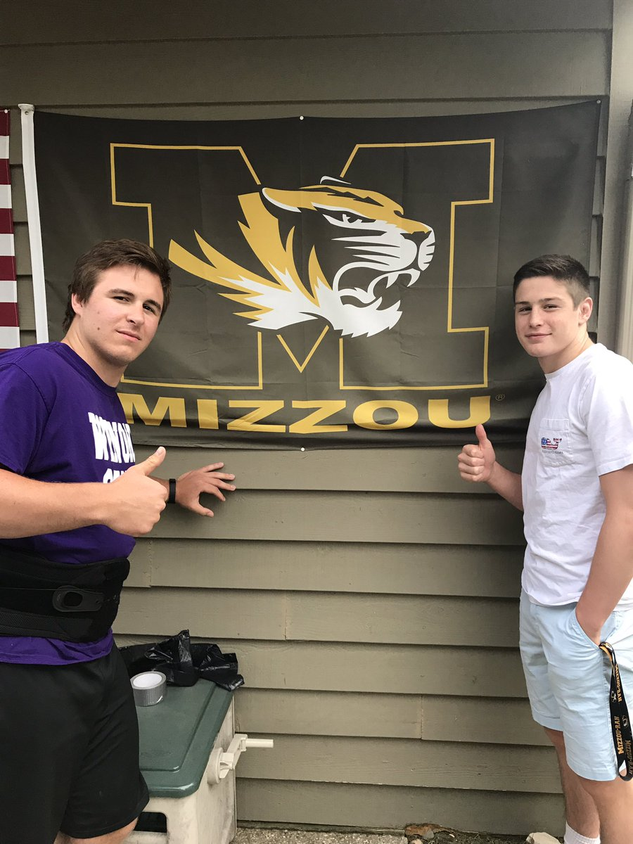 Spotted 2 @MizzouWrestling tigers at @MaddieRaschka grad party today @WrestlinRaschka @KeegOToole big things ahead for these two at Mizzou #TigerStyle @Benaskren