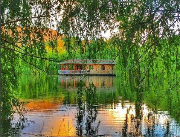 Tatilin son gününde sakin ve huzur dolu manzarasıyla Çay ilçesinde bul…