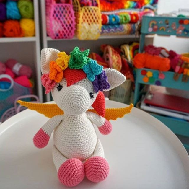 Unicorns, Dragons and More Fantasy Amigurumi - Amigurumipatterns.net | 640x640