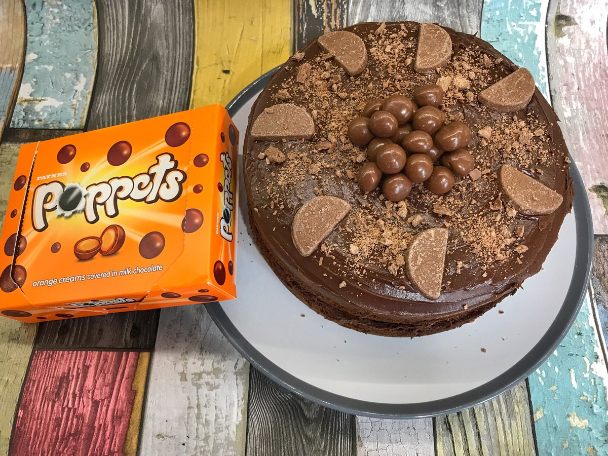 Chocolate Orange cake with @PoppetsOfficial Yummy 😋