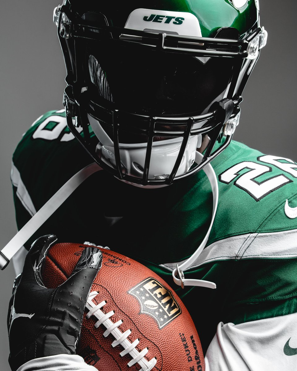 Coming Sundays this fall.  @LeVeonBell | #TakeFlight <br>http://pic.twitter.com/TQETENO3tb
