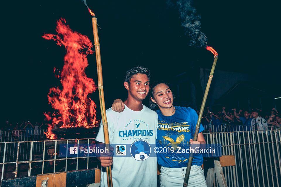 The 2019 Ateneo Bonfire - Back on Top. #OBF #ONE81GFIGHT © Fabilioh - Zach Garcia @zachygarcia facebook.com/pg/Fabilioh/ph…