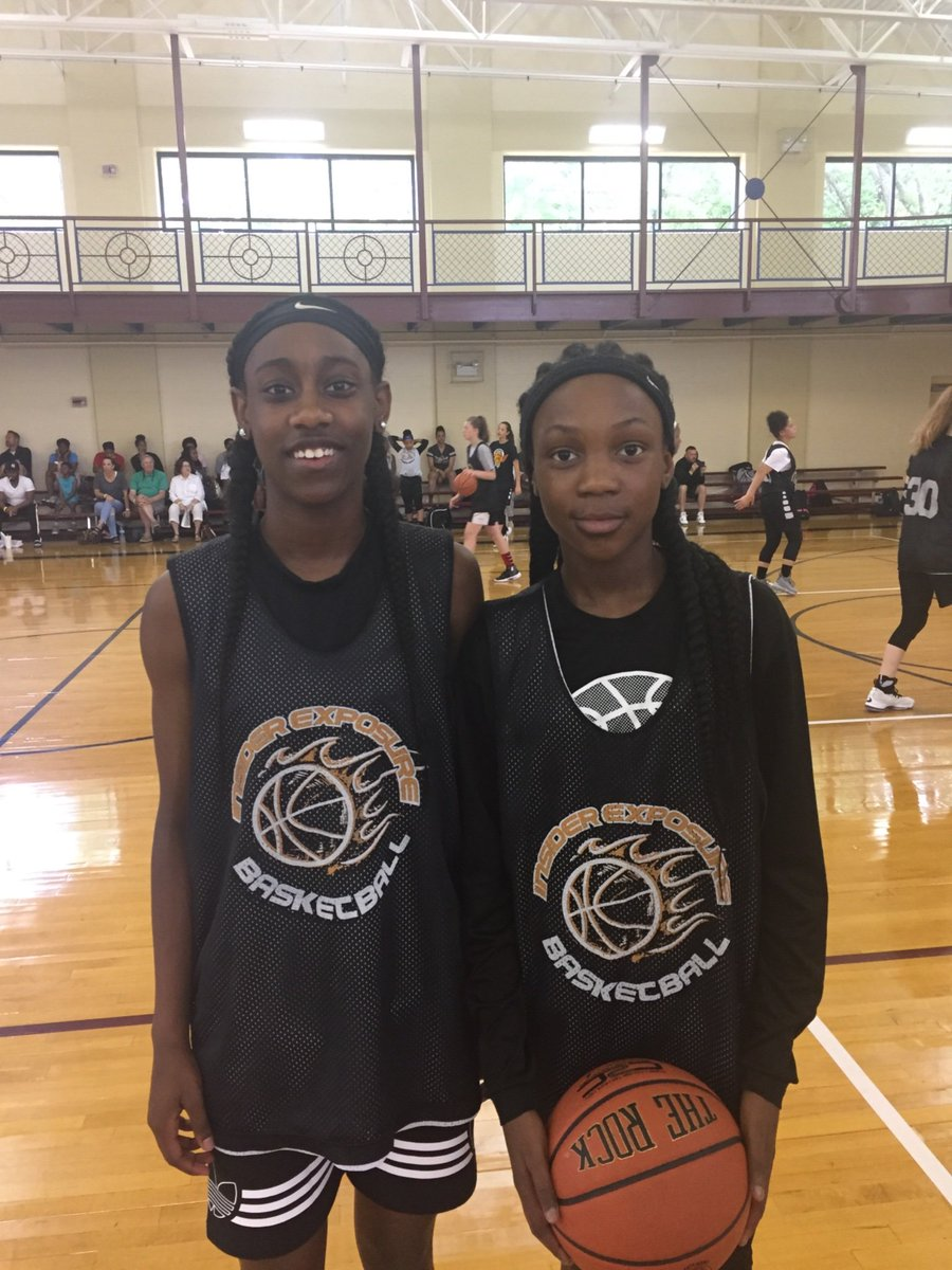 MS: JaNiah Caples ('23 who can score) and Layla Carter ('23 with a high motor) are in the building for Day 2 of the @InsiderExposure #JrAACamp 🏀💎  @patoshajeffery @ReportSleeper @CoachPitt32 @Dre_King_12