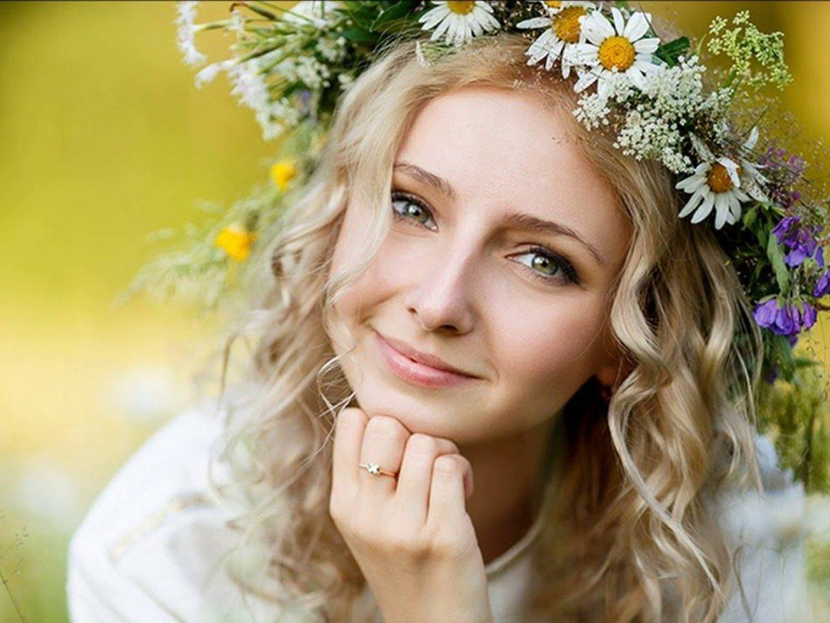 великолепную здоровые русские женщины конце фильма варшавское