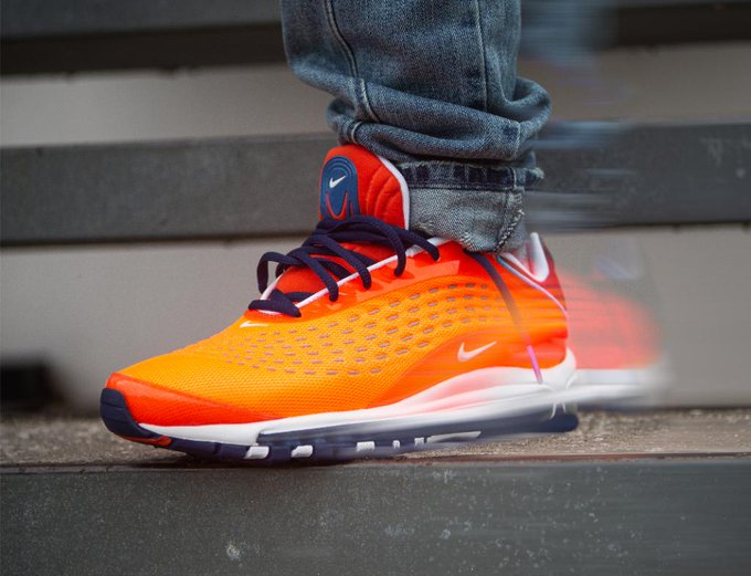 f2a7f3624bb Air Max Deluxe : Latest news, Breaking news headlines   Scoopnest