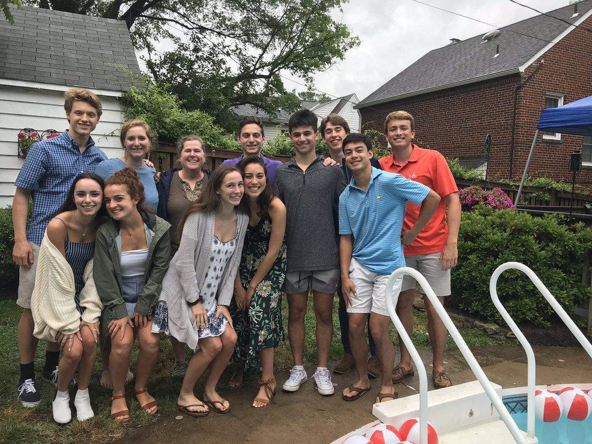 So happy to celebrate all the hard work and good times with these WLHS 2019 seniors!! <a target='_blank' href='http://twitter.com/GeneralsPride'>@GeneralsPride</a> <a target='_blank' href='http://twitter.com/WLHSPrincipal'>@WLHSPrincipal</a> <a target='_blank' href='https://t.co/NhsZhLeZdE'>https://t.co/NhsZhLeZdE</a>