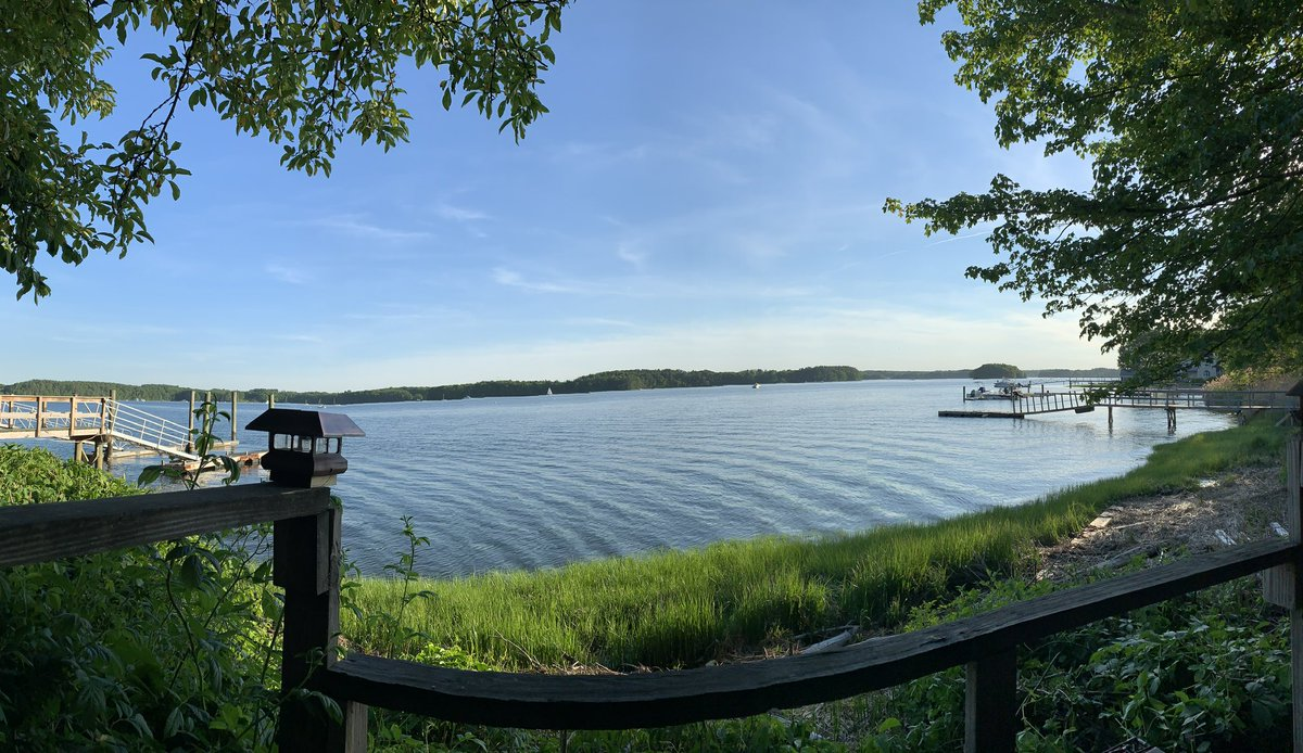 Hello New Hampshire. My view for the next 48 hours or so. – at Mitchell's Gulf