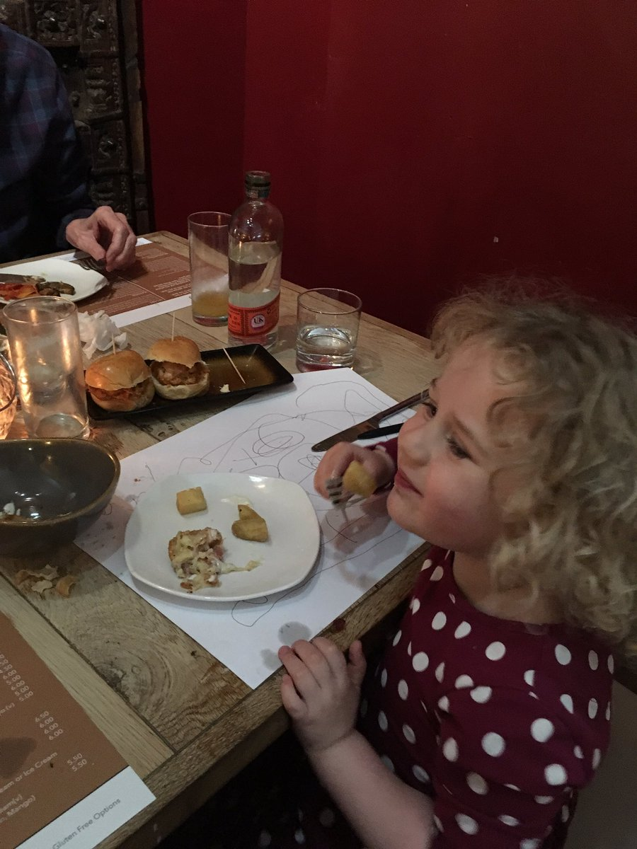 Lovely tapas @Whitehouseswley last night (aka Esquina). We have been 2 weeks in a row and loved it each time! Great freshly cooked food, lovely staff and a vibrant atmosphere. Same time next week? #Esquina #Tapaspic.twitter.com/fFJ3wmggJC