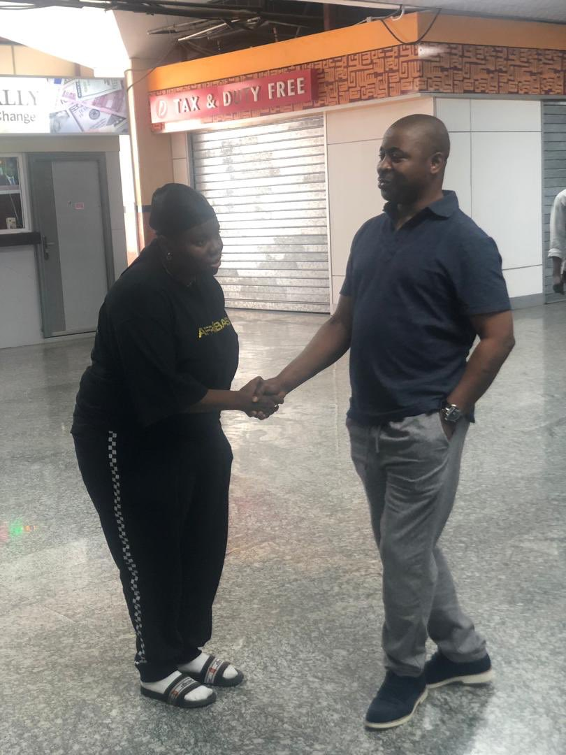 """This My Handshake Get Respect"" - Teni Meets MC-Oluomo At The Airport"