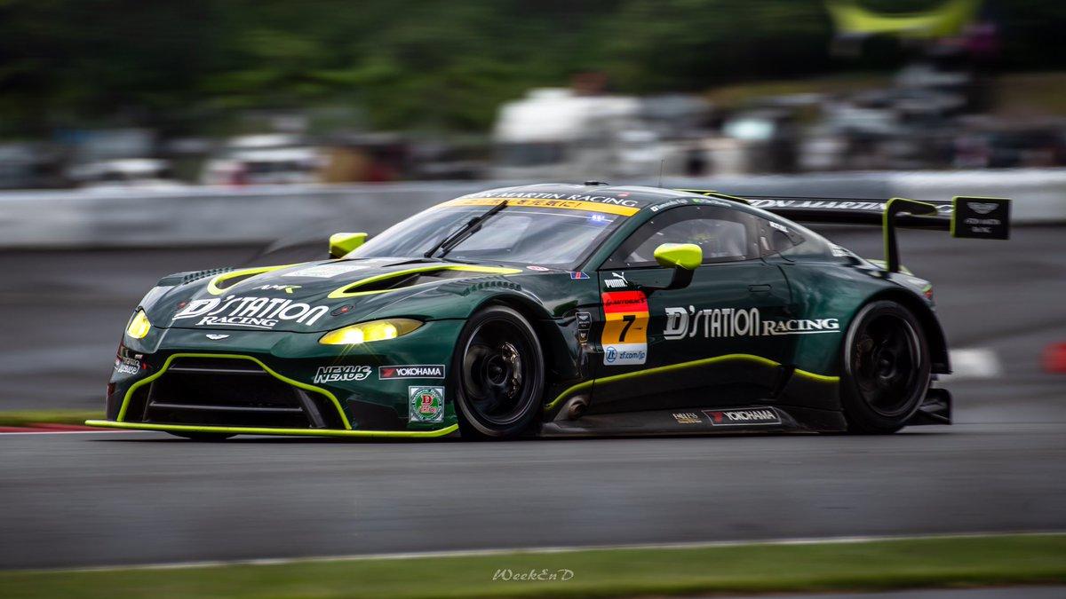 D'station Racing AMR  【7】Aston Martin Vantage GT3  #SUPERGT<br>http://pic.twitter.com/acWGkWMr54