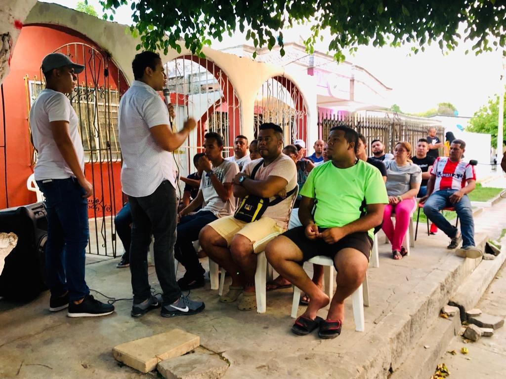 Desde el barrio Santuario propusimos temas en seguridad, emprendimiento y cultura ciudadana. Gracias a los amigos de este sector.  #JuntosCrecemos #Barranquilla #JovenesPorBarranquilla