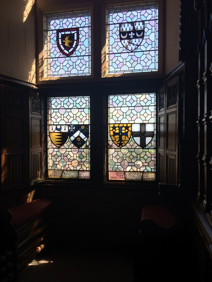 Located in the Great Hall, this beautiful stain glass window is just the most perfect spot for some #MondayMotivation. #EdinburghCastle