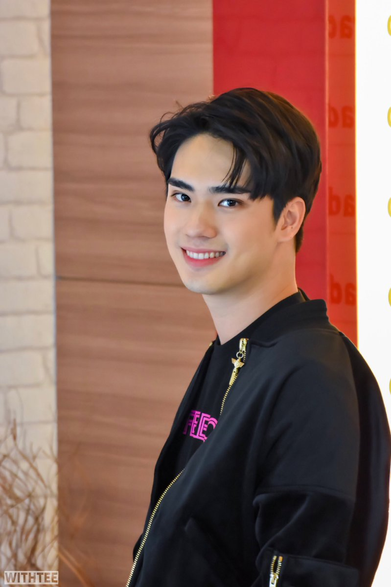 Your smile melts my heart. :)  . . #SB5_SuperboyRoadshowDay2 #อะไรอะไรก็ตี๋ #teethanapon #SBFIVE<br>http://pic.twitter.com/7NLPsUtzrB