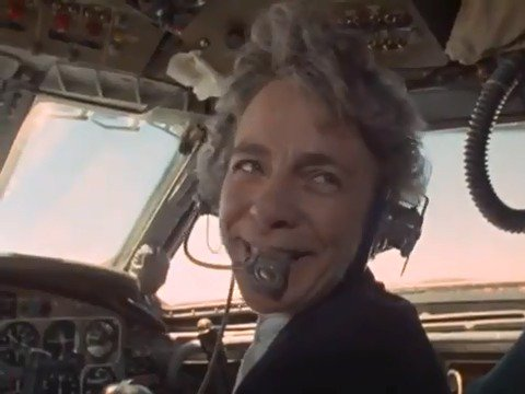What would you say if I told you you were being flown by a woman pilot? Id be amazed! 😮 Yvonne Pope Sintes became Britains first commercial airline pilot in 1971. 🙌