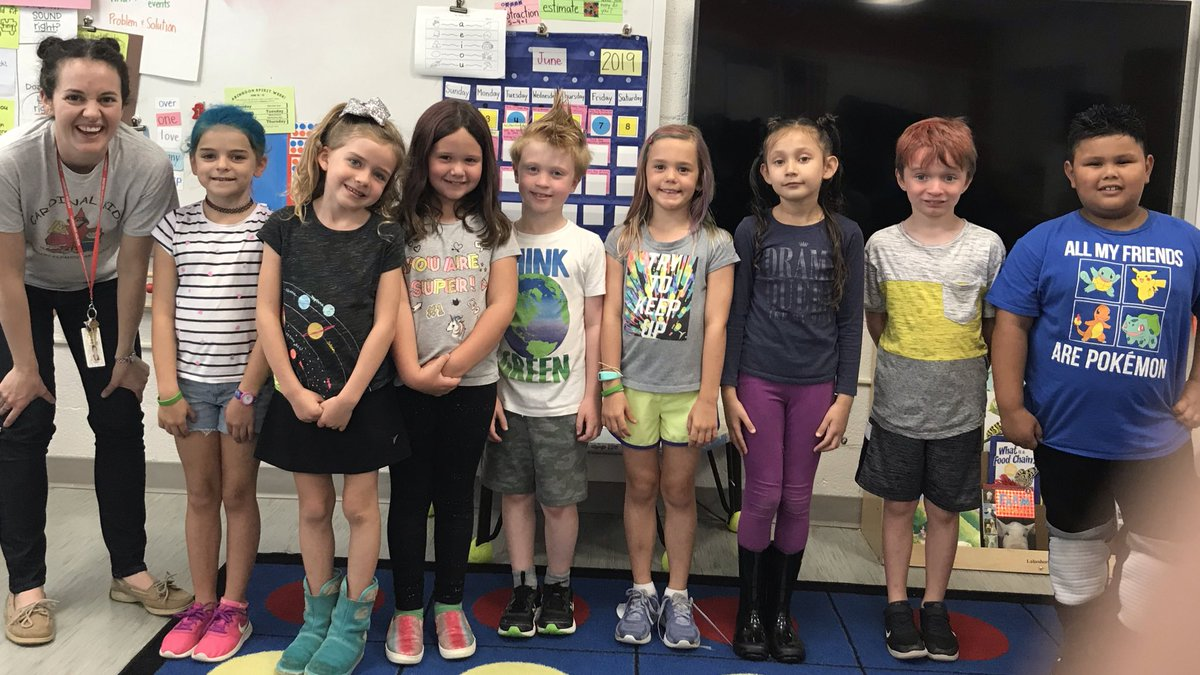 Wacky hair to show our <a target='_blank' href='http://twitter.com/AbingdonGIFT'>@AbingdonGIFT</a> spirit! Mohawks, colored hair, and bows! <a target='_blank' href='http://twitter.com/AbingdonPTA'>@AbingdonPTA</a> <a target='_blank' href='https://t.co/zMPaC6KciV'>https://t.co/zMPaC6KciV</a>