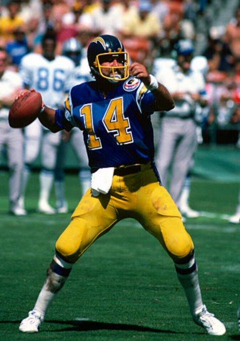 Happy Birthday, Chargers\ PFHOF QB Dan Fouts!