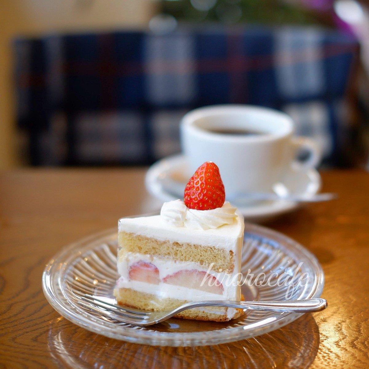 KNETENさんで頂いた、苺のショートケーキ🍰 いちごは栃木県産減農薬のもの、スポンジは国産小麦&平飼い卵、生クリームは北海道産。 素材にこだわられたショートケーキです🙂 #カフェ #カフェ巡り #cafe #クネーテン #kneten #ショートケーキ #🍰